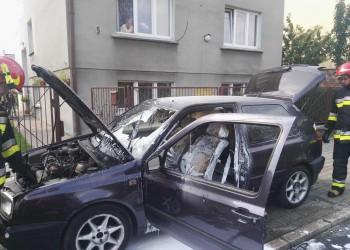 Ogień w samochodzie