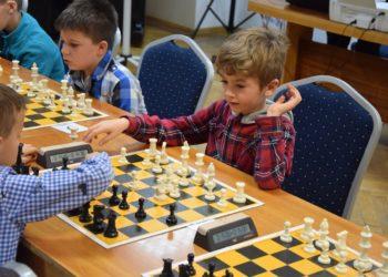 Rywalizacja młodych szachistów
