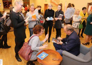 Spotkanie z Januszem Leonem Wiśniewskim