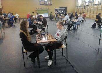 Powiatowy turniej szachowy