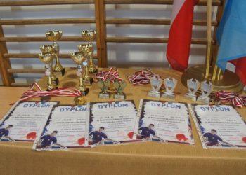 Dwa medale w grach podwójnych