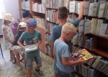 Wakacyjne zajęcia z biblioteką