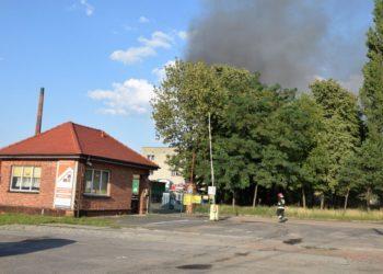 Pożar zakładów przemysłowych
