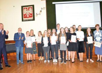 Uczniowie uhonorowani za swoje osiągnięcia