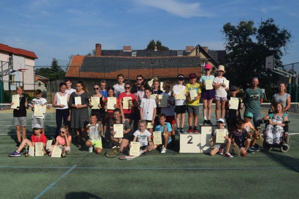 Tenis ziemny dla dzieci i młodzieży