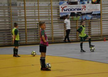 Młodzi piłkarze doskonalili swoje umiejętności