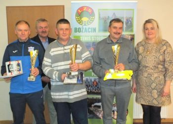 Gwiazdkowy turniej w Bożacinie