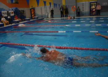 Pływanie łączy pokolenia!