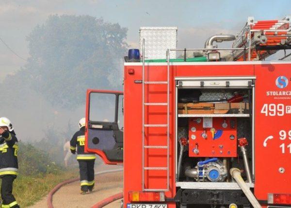 29 strażaków gasiło dwa pożary