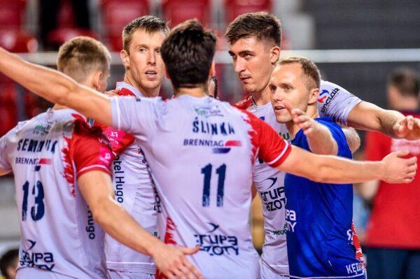 Kaczmarek i jego drużyna z superpucharem!