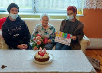 Na urodzinach u seniorki